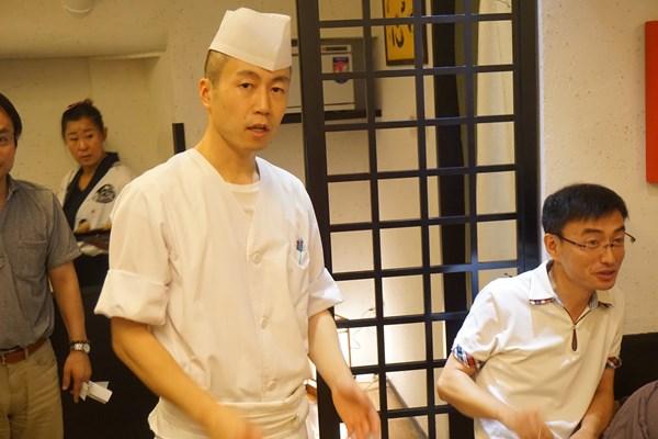 【初参加】杏奈の料理長です。かっこイイー!料理も本当においしいです!