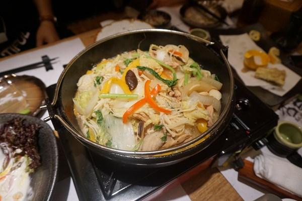 西条名物「美酒鍋」を大連で食べます
