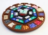 このようなゲーム板を使って学びます